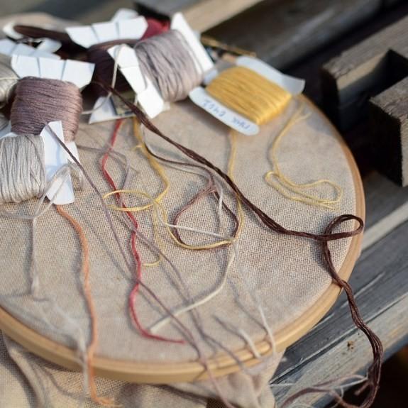 Kaip išsirinkti priemones ir rinkinius siuvinėjimui kryželiu?